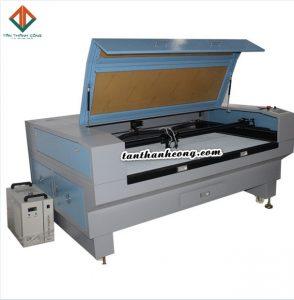 máy laser co2 1610