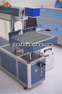 máy laser co2 cắt thiệp siêu tốc 100w giá phải chăng